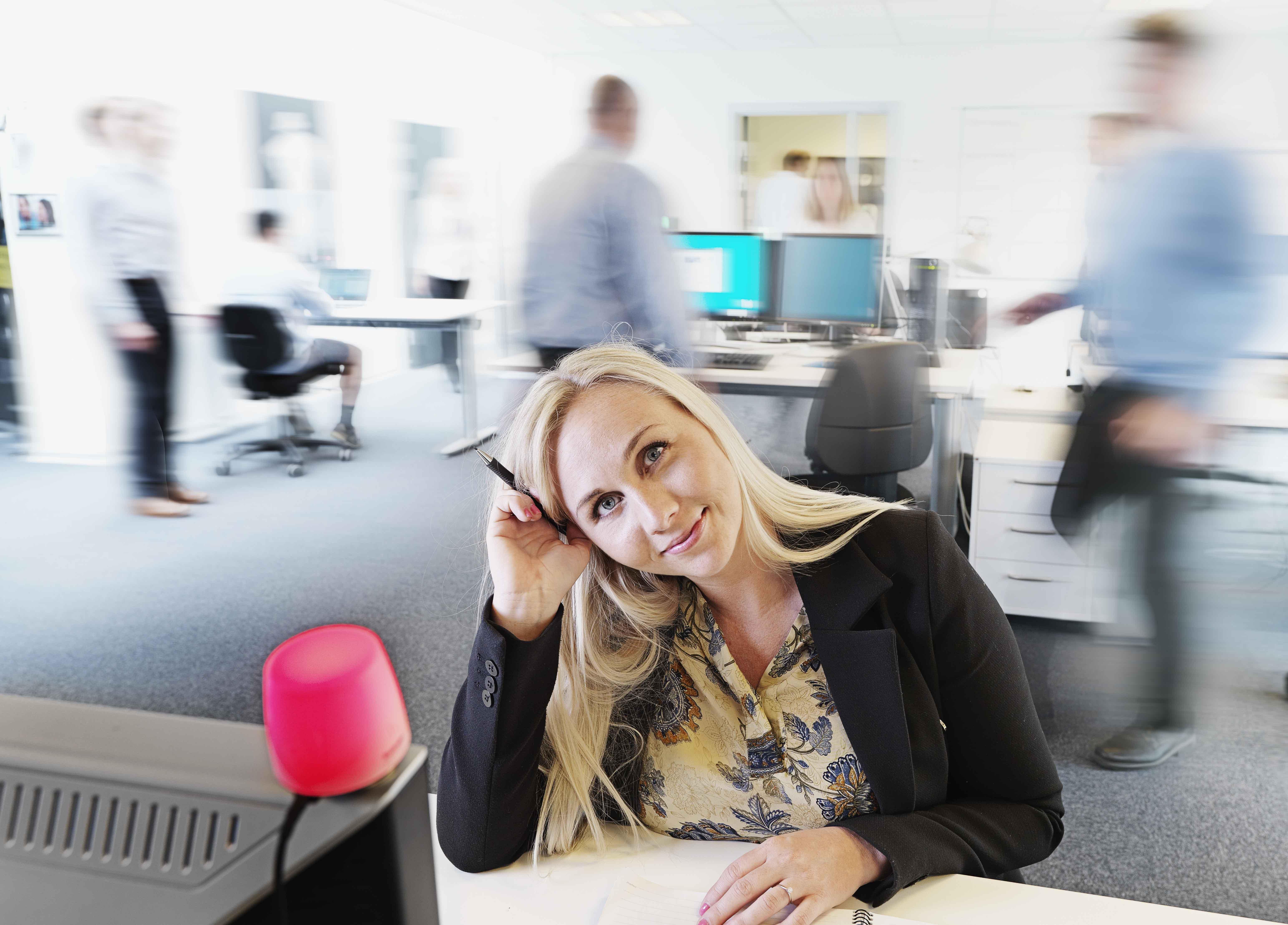 Kuando Present Office Interruptions Open Plan Offices