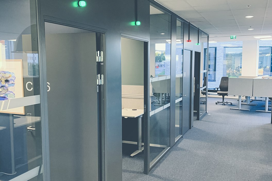 IoT Booths meeting room